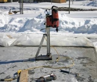 ضد یخ بتن چیست؟ انواع ضد یخ بتن و کاربرد آن ها